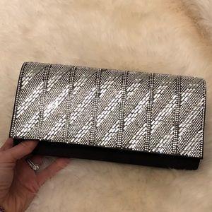 Handbags - NWT black clutch